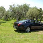 auto-sposi-Napoli_Jaguar-XJ-blu_noleggio-auto-sposi-Napoli