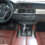 auto-sposi-Napoli_Interni-SUV-X6_auto-nozze-Napoli