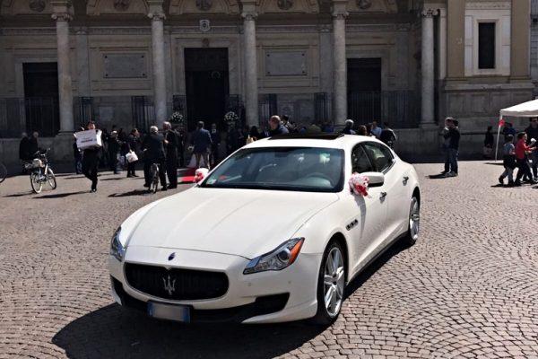 auto-sposi-Napoli_Maserati-Bianca_auto-per-sposi
