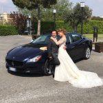 Auto-sposi-Napoli_Fiorenzo-e-Maria_auto-nozze-Napoli