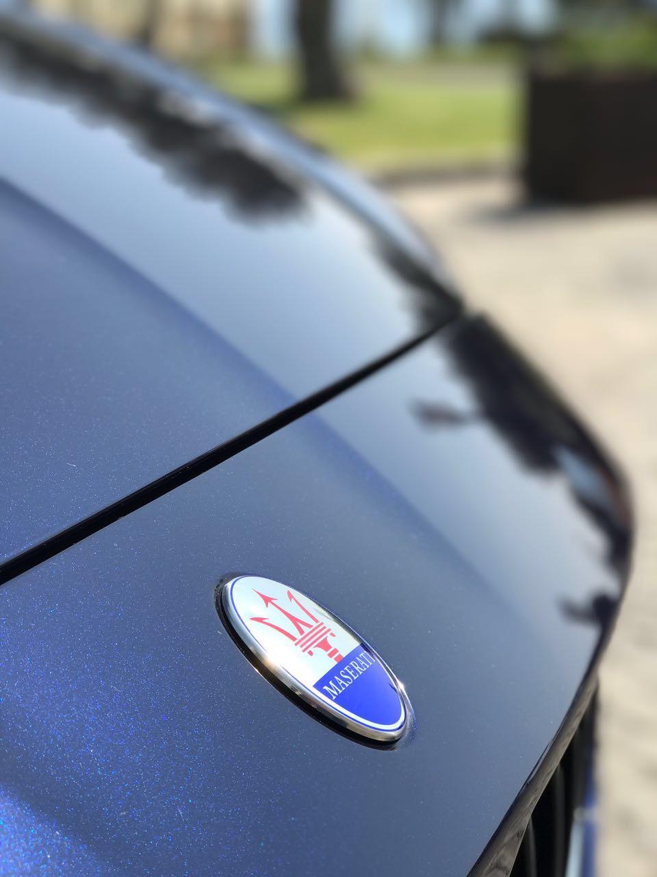 auto-sposi-Napoli_marchio-Maserati_auto-matrimoni-Napoli
