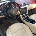 auto-sposi-Napoli_Gran-cabrio-interni_auto-per-cerimonie-Napoli