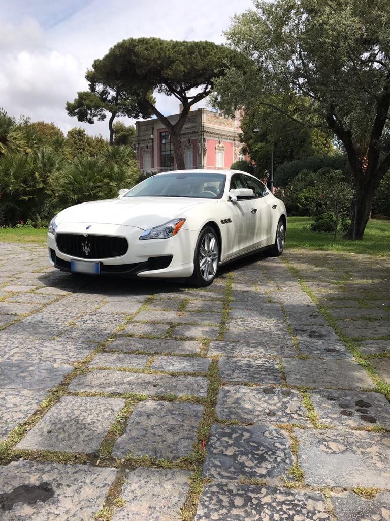 auto-sposi-Napoli_New-Q4_auto-matrimonio-Napoli