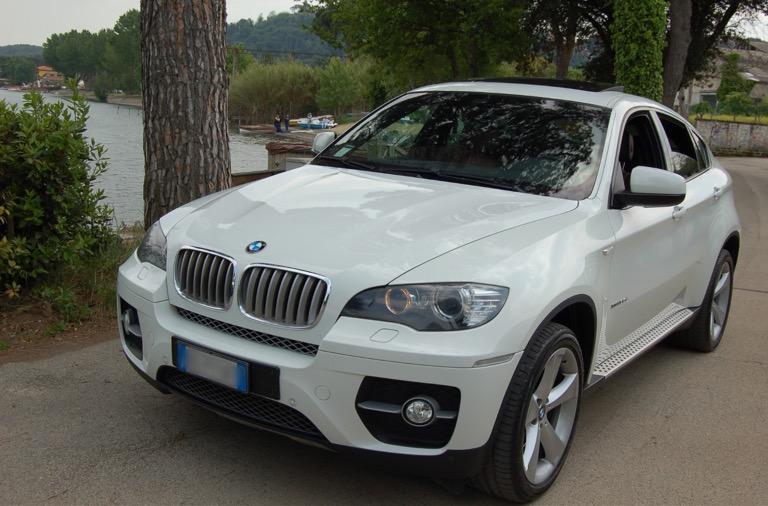 auto-sposi-Napoli_BMW-per-matrimoni_auto-nozze-Napoli