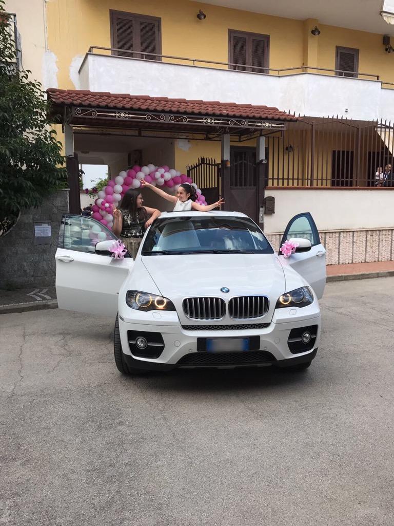 auto-sposi-Napoli_la-comunione-di-Martina_auto-matrimonio-Napoli