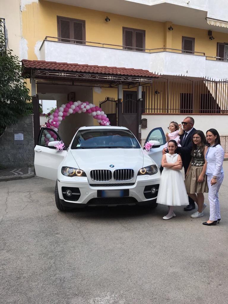 auto-sposi-Napoli_comunione-con-BMW_auto-matrimoni-Napoli