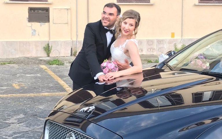 auto-sposi-Napoli_matrimonio-Giugno_auto-cerimonie-Napoli