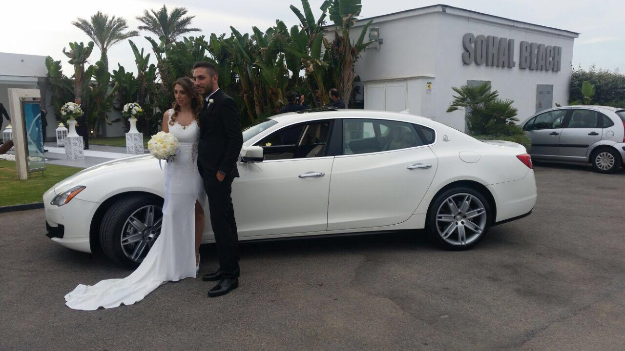 auto-sposi-Napoli_matrimoni-Maserati_auto-per-cerimonie-Napoli