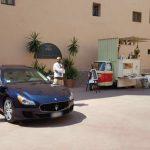 auto-sposi-Napoli_auto-apecar_auto-per-cerimonie-Napoli