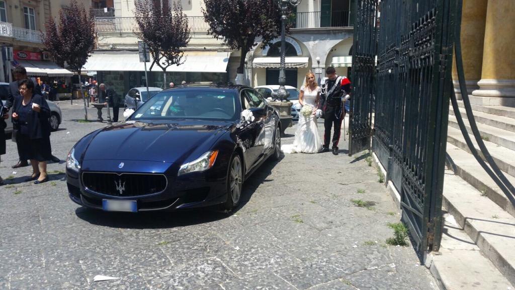 auto-sposi-Napoli_matrimoni-giugno_auto-sposi-Napoli-prezzi