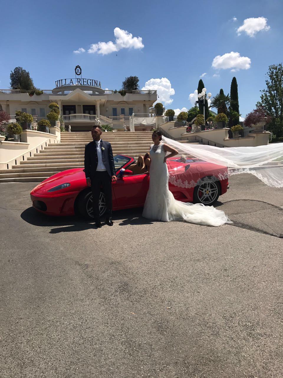 Matrimonio In Ferrari : Ferrari f spider auto sposi napoli meridiana