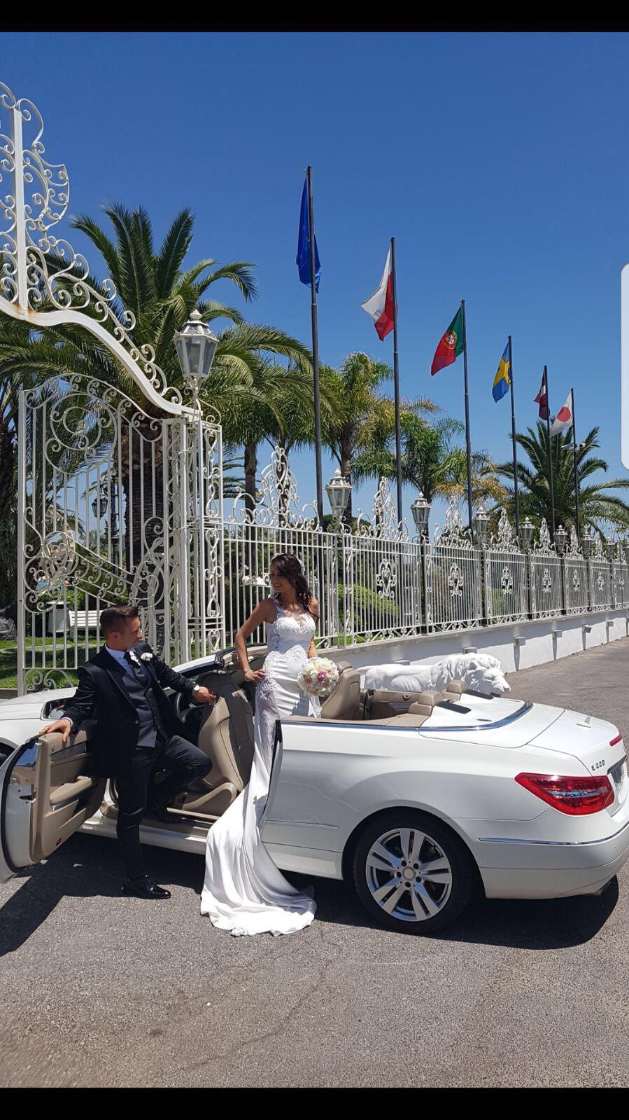 auto-sposi-Napoli_E-Cabrio_auto-nozze-Campania