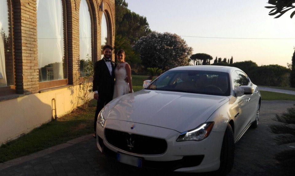 auto sposi Napoli | Maserati bianca | auto da cerimonia