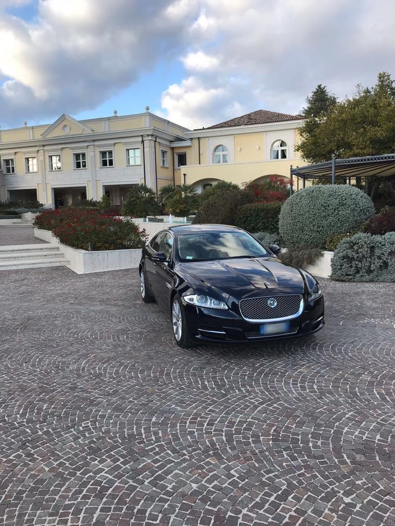 auto sposi Napoli | Jaguar Xj Blu | auto matrimonio Napoli