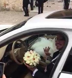 auto-sposi-Napoli_Panamera-bianca_auto-matrimonio-Napoli