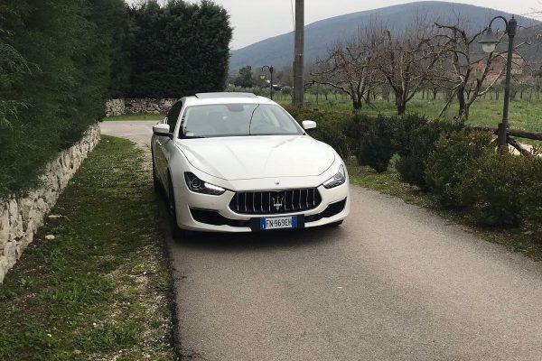 auto sposi Napoli | Maserati ghibli bianca | noleggio auto