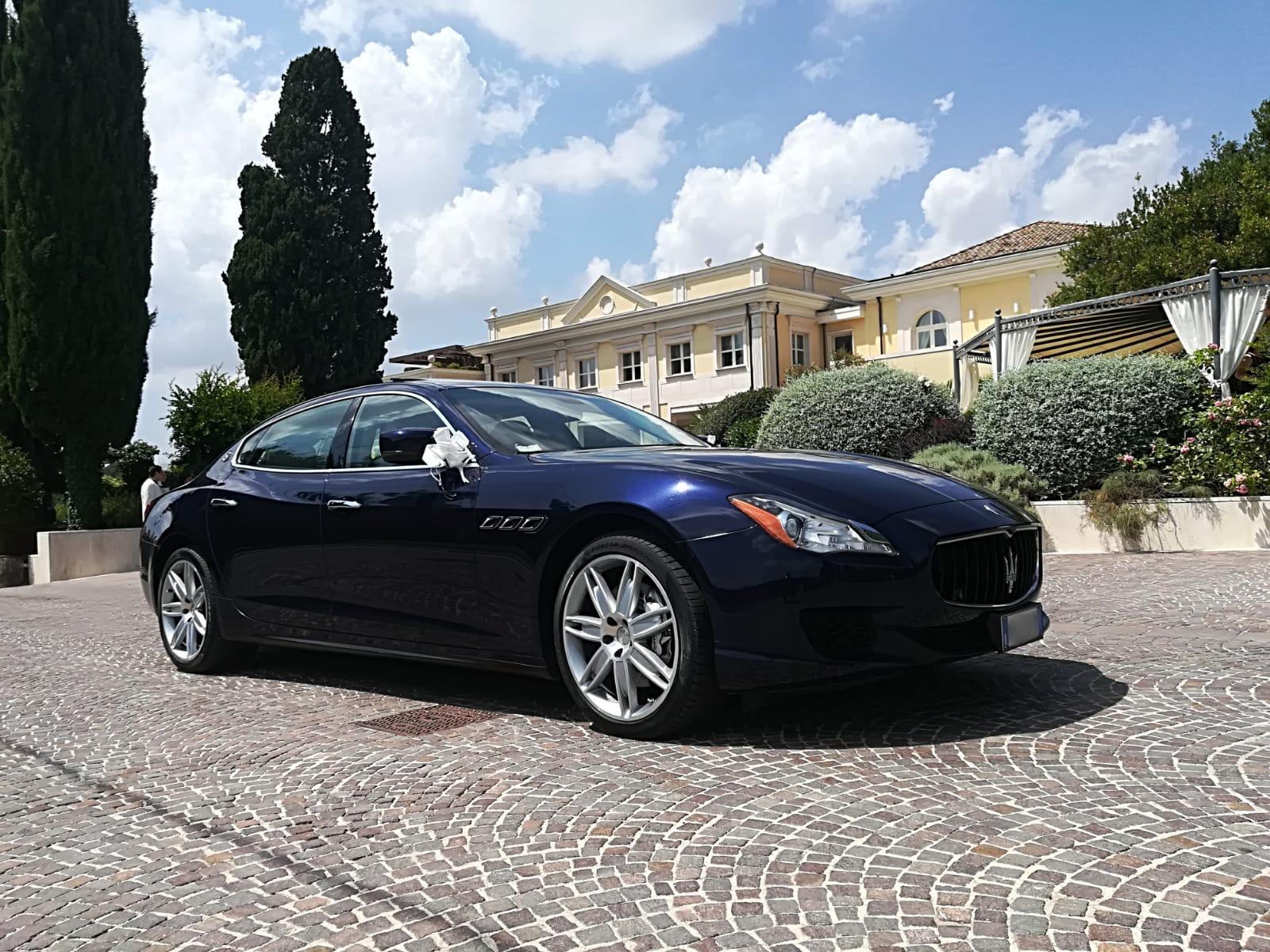 auto sposi Napoli - Wedding Maserati - auto di lusso per cerimonie